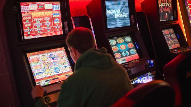 Как да помогнем на пристрастените към хазарта